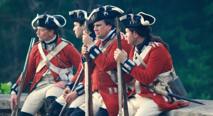 colonial british soldiers