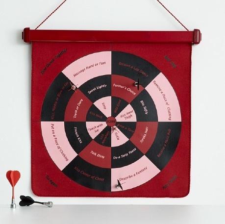 dirty darts romantic game