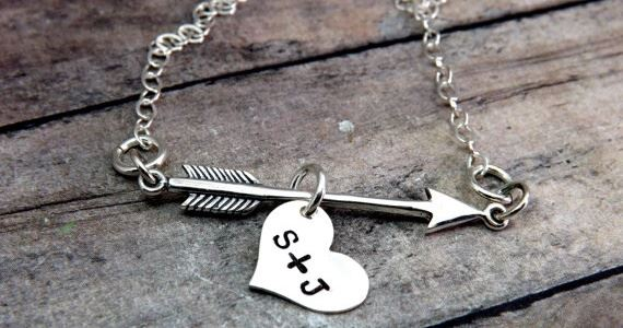 personalized arrow necklace