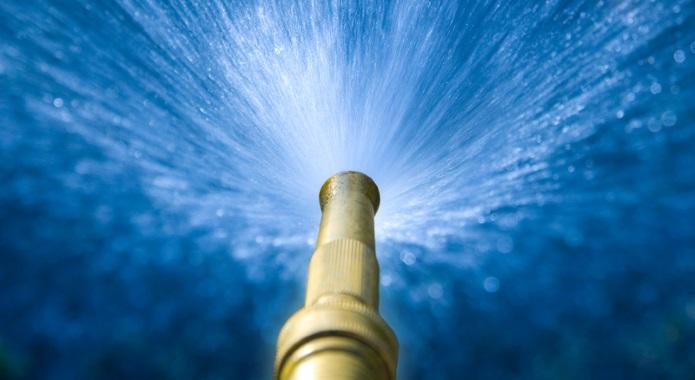 garden hose squirting