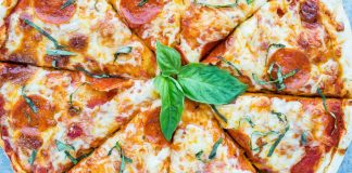 salami pizza 2000_1000